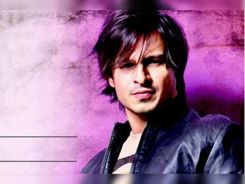 "Vivek Oberoi <a href=""http://photogallery.indiatimes.com/celebs/bollywood-stars/vivek-oberoi/articleshow/4724842.cms""target=""_blank"">More Pics</a>"