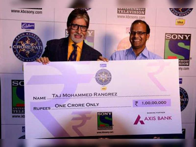Mr. Bachchan announces the first crorepati of KBC 2013 - Taj Mohammed Rangrez
