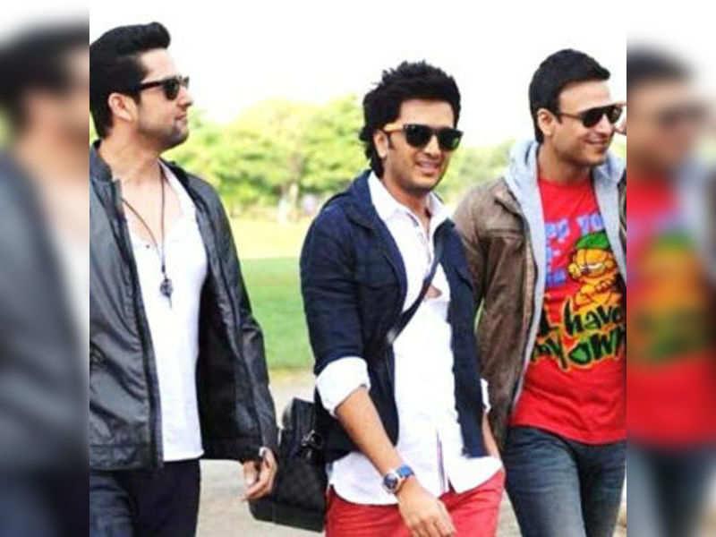 'Grand Masti' - fastest 50 crore film!