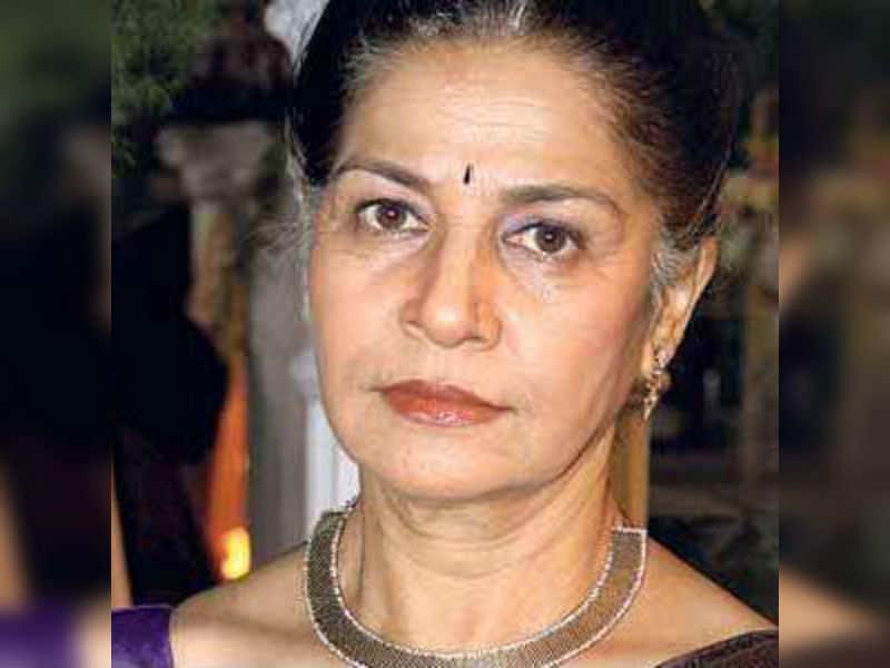 Suhasini Mulay in Desh Ki Beti Nandini!