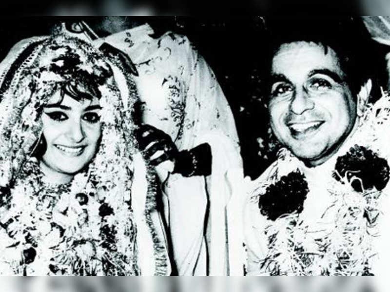 Saira Banu: Dilip Kumar and Saira Banu's love story | Hindi Movie News -  Times of India