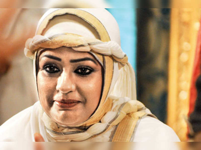 Ashwini Kalsekar, Jaya Bhattacharya on playing Maham Anga