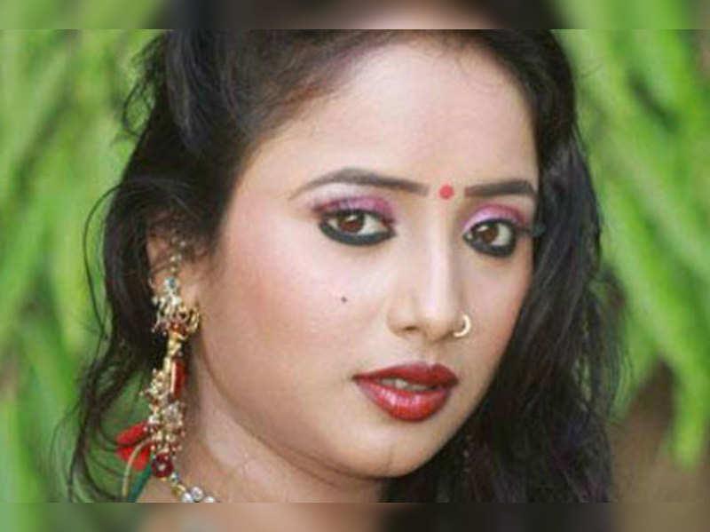I will never wear bikini in Bhojpuri films: Rani Chatterjee