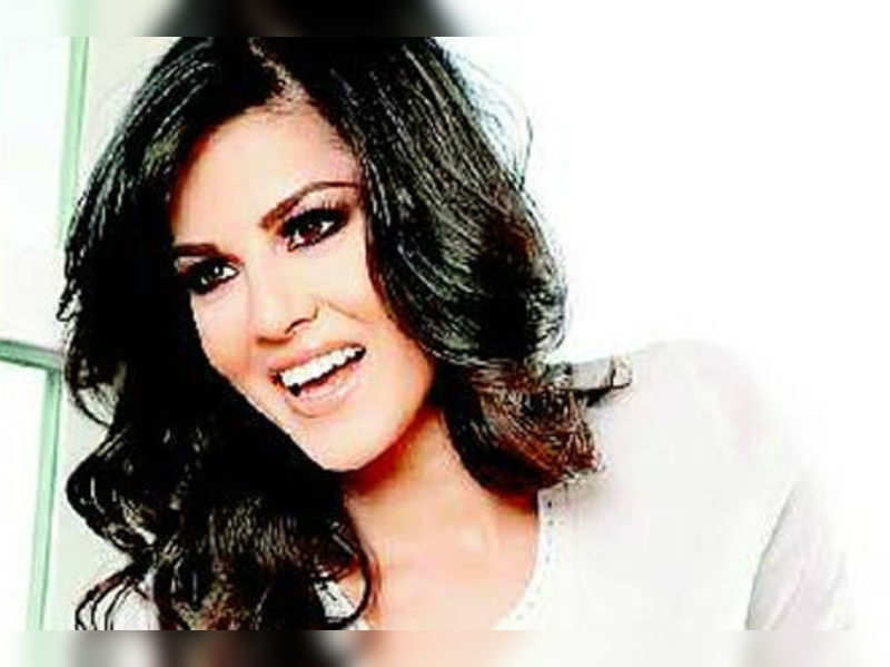 "Sunny Leone<a href=""http://timesofindia.indiatimes.com/topic/Sunny-Leone/photos/"" target=""_blank"">More Pics</a>"