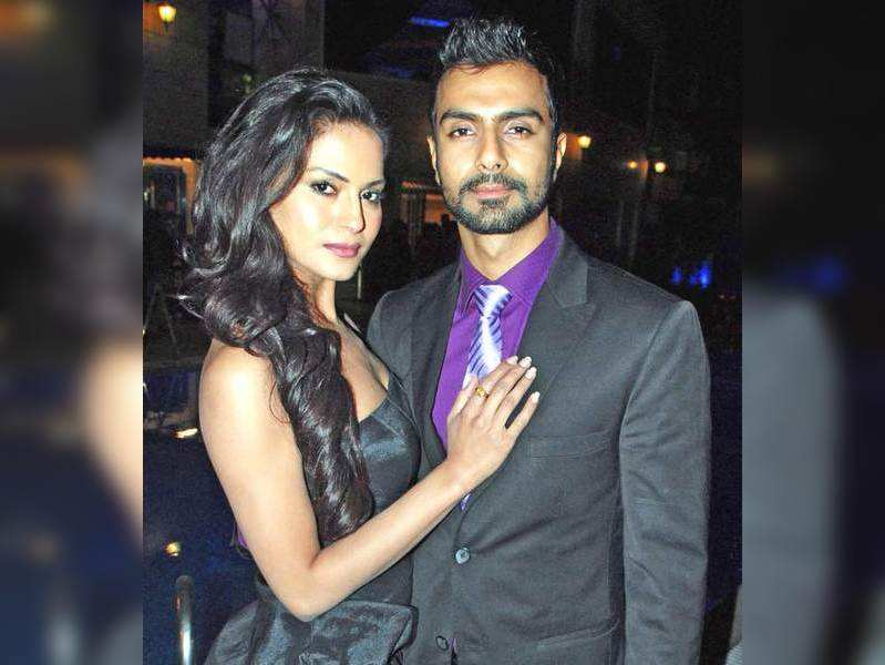 Veena Malik: Ashmit used to wash my undies: Veena Malik | Bengali Movie News - Times of India