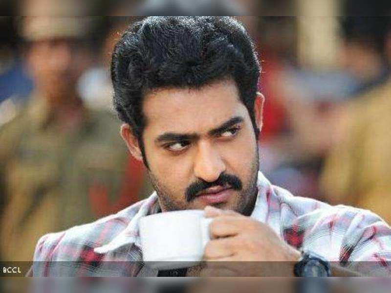 NTR fans angry with Harish Shankar?
