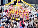 India bids farewell to Manna Dey