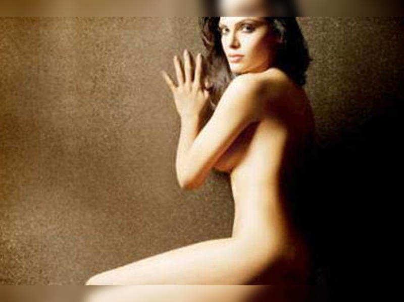 Nudity is for goddesses: Sherlyn Chopra
