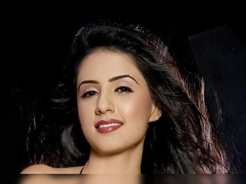Swati Kapoor makes Bollywood debut with 'Fuddu'