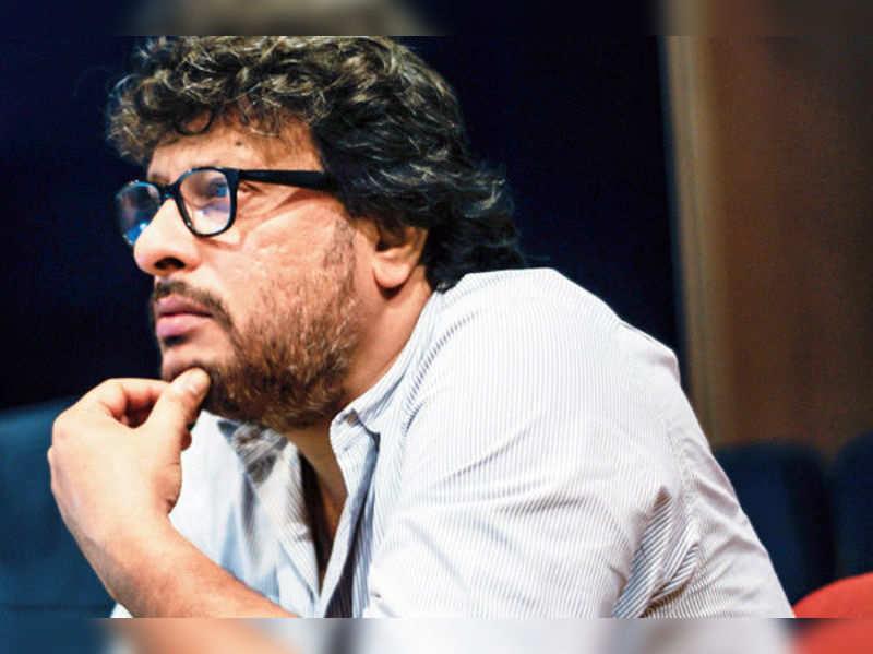 Irrfan is intense, irritating and never satisfied: Tigmanshu Dhulia
