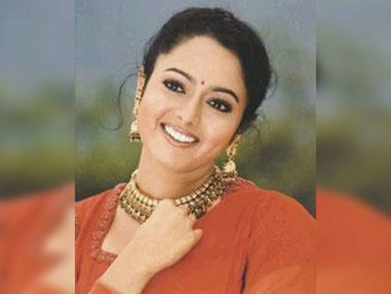 Late Soundarya's will remains a mystery