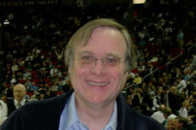 With an estimated personal fortune of $15.3 billion, 60-year old Microsoft co-founder Paul Allen is the world's wealthiest bachelor.