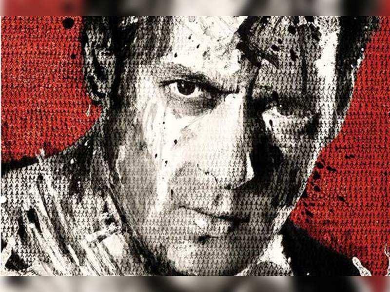 Salman Khan paints first poster of 'Jai Ho'
