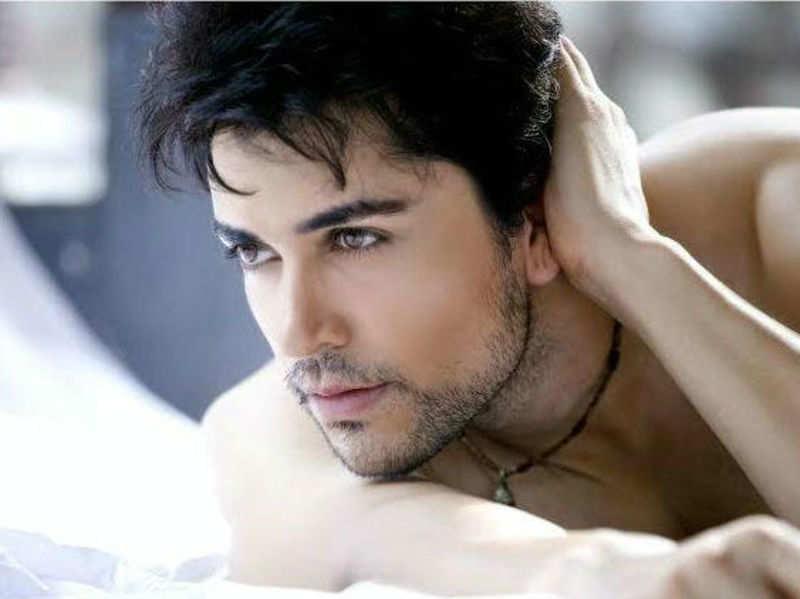 Looks do matter to become an actor: Piyush Sahdev