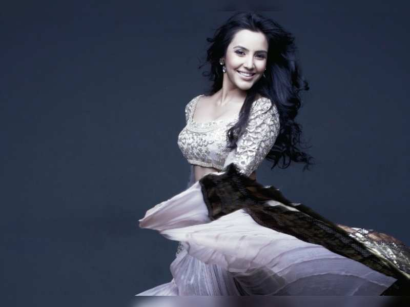 Priya Anand tries out 7 different looks