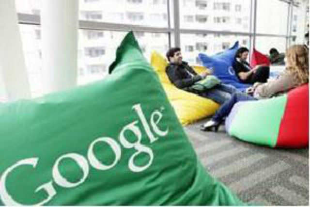Google will unveil its 'Shoppable Hangout' in India on Jan 20, allowing users interact with each other and shop online simultaneously.