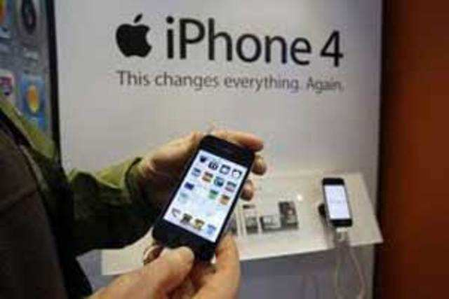 The Cupertino giant is planning to price the phone at Rs 22,000 if a new report is to be believed.