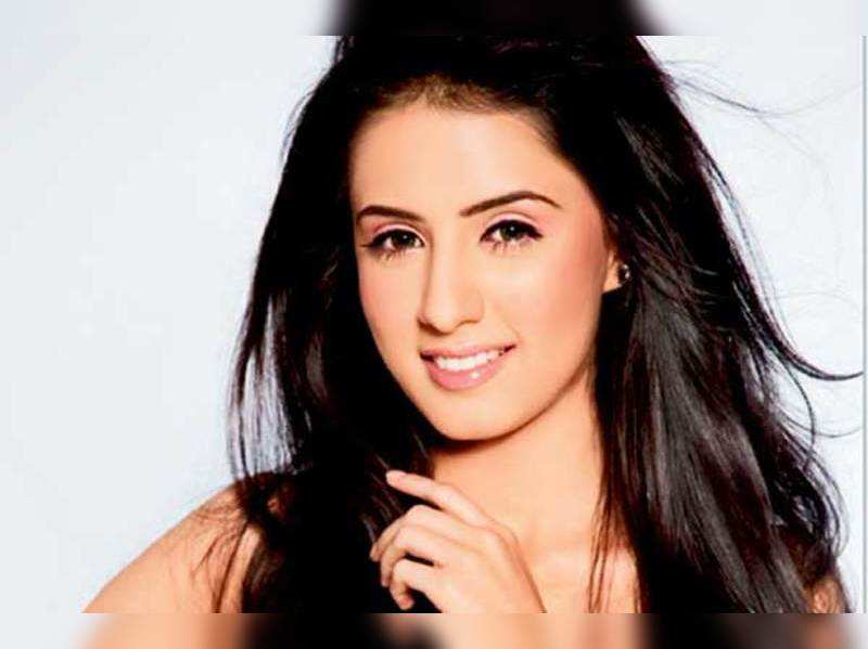No strong roles for women in films: Swati Kapoor