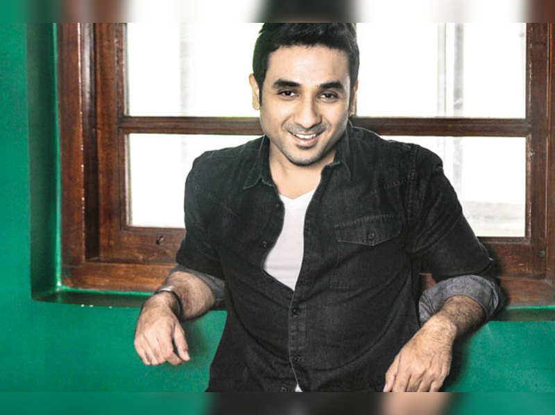 My mother tells me not to say 'penis' on stage: Vir Das