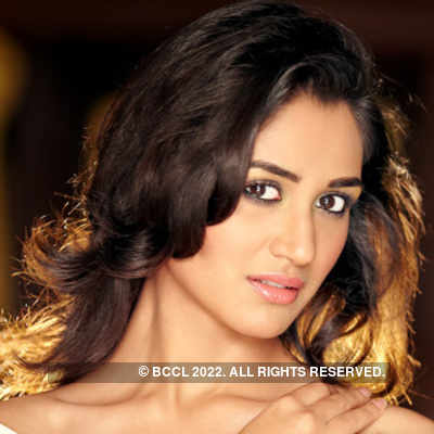 "<font size=""2"">Miss India 2012 finalist Nikita Dutta. (Photo: Dabboo Ratnani)</font>"