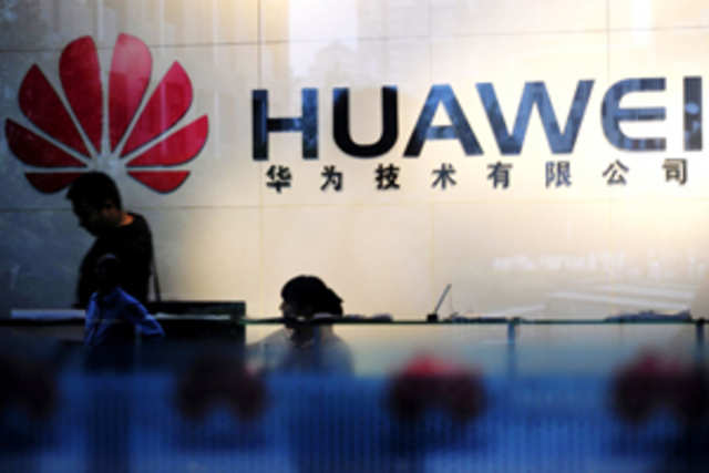 Huaweihas trolled rivals Samsung and Apple in its new teaser for Mobile World Congress (MWC) 2014.