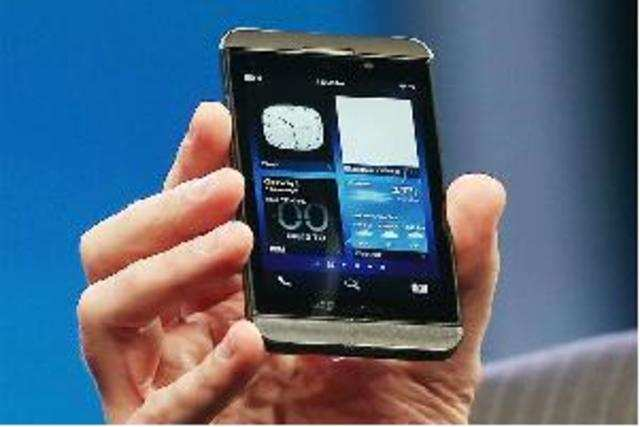 The special price is valid for a period of 60 days,part of the10thanniversary celebrations of BlackBerry's foray in the Indian market.