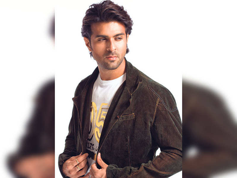 """Harman Baweja (TOI Photo) <a href=""""http://photogallery.indiatimes.com/articleshow/2979192.cms"""">More Pics</a>"""