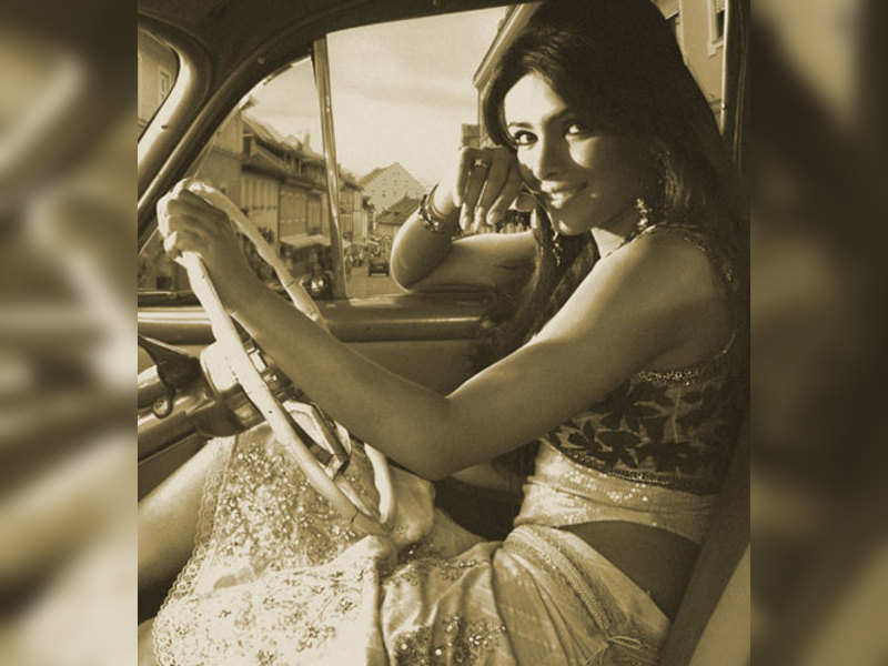 "Priyanka Chopra (TOI Photo) <a href=""http://photogallery.indiatimes.com/articleshow/3163438.cms"" target=""_blank"">More Pics</a>"