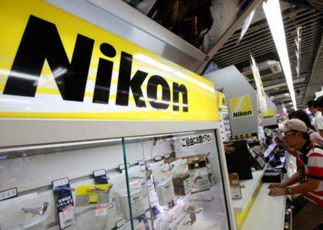 Nikon has moved to allay consumer fears after being criticised on a closely watched consumer show that said the camera maker had sold defective products in China.