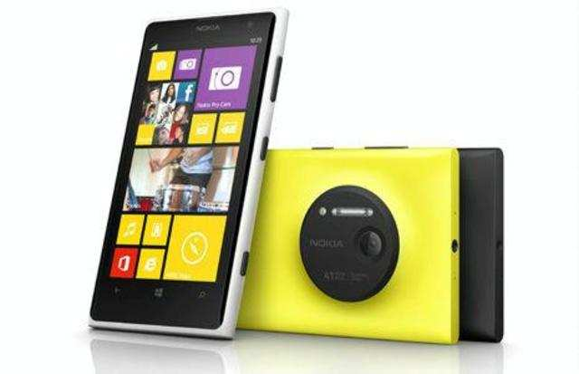 It seems Nokia, which is confident about the camera prowess of itsLumia1020 smartphone wants to challenge Sony to a camera-duel.