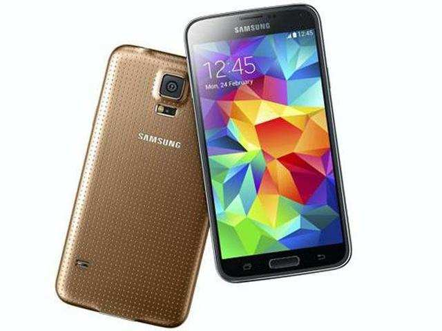 Samsung is gearing up to announce the launch of its flagship smartphone, GalaxyS5, in India on March 27.
