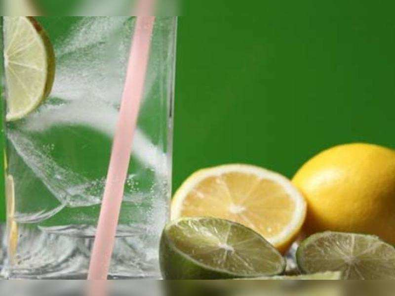 The truth about lemon-honey-water concoction!