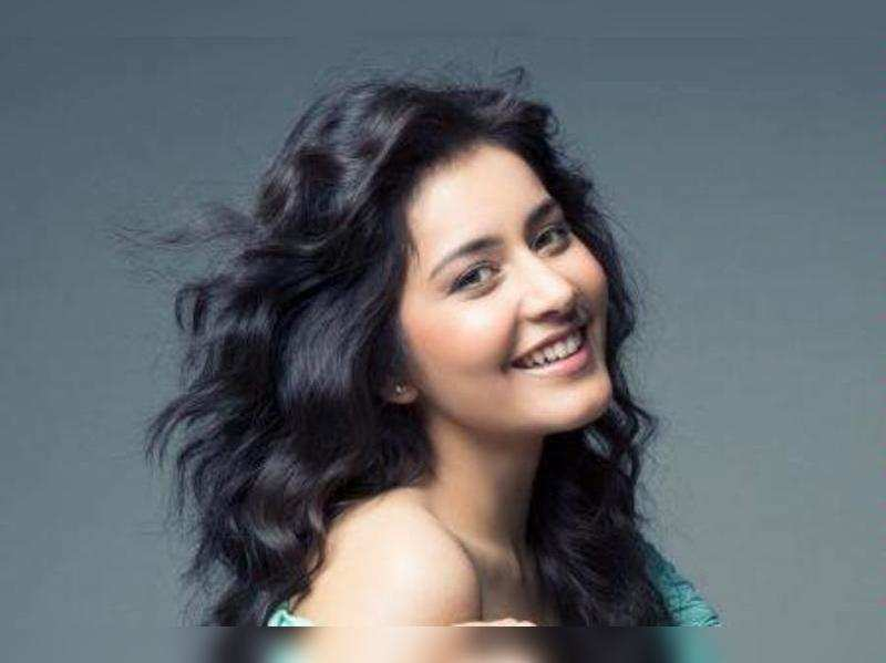 Raashi Khanna does a cameo in Manam