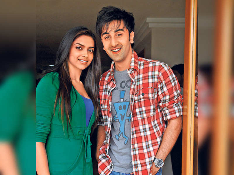 "Deepika Padukone and Ranbir Kapoor (TOI Photo) <a href=""http://photogallery.indiatimes.com/articleshow/3231794.cms"" target=""_blank"">More Pics</a>"