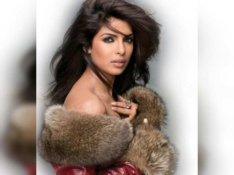 "Priyanka Chopra (TOI Photo) <a href=""http://photogallery.indiatimes.com/articleshow/3221514.cms"" target=""_blank"">More Pics</a>"