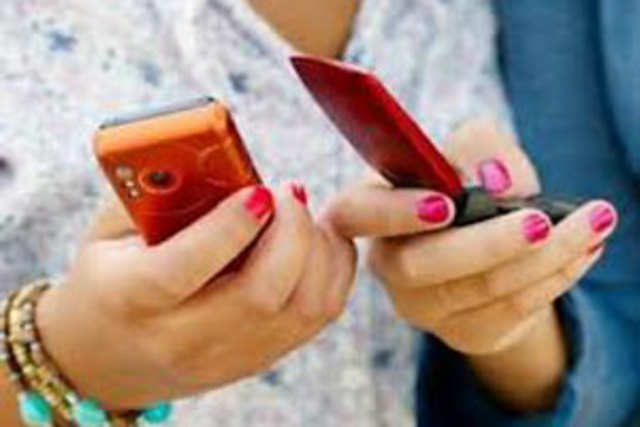 India's telecom industry added over one million users in March, taking the total number of subscribers to 933 million.
