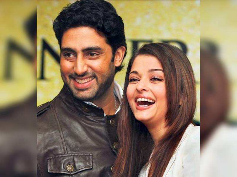 "Abhishek Bachchan and Aishwarya (TOI Photo) <a href=""http://photogallery.indiatimes.com/articleshow/3352021.cms"" target=""_blank"">More Pics</a>"
