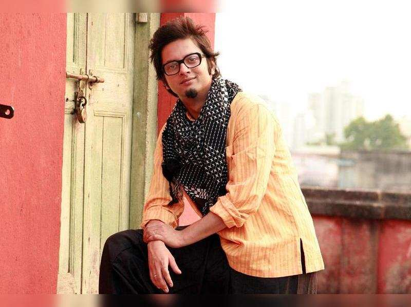 I am in love with a girl, so I guess I'm straight: Mainak Bhaumik