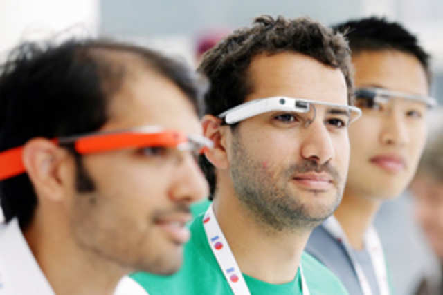 According to a report in Gulf News, Dubai Police plans to use Google Glass to photograph traffic offenders as well as identify illegal vehicles.