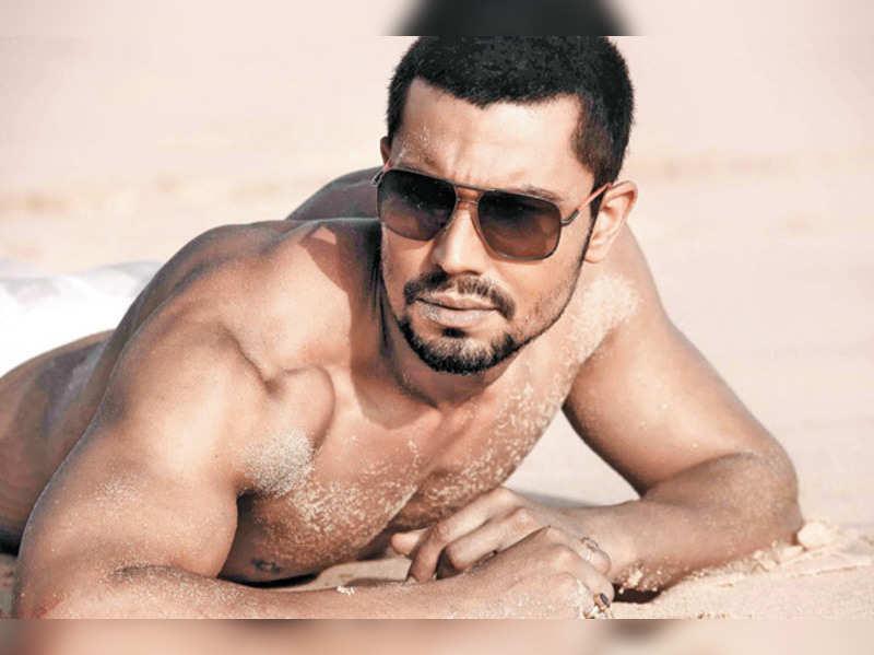 Randeep Hooda in Deepa Mehta's next