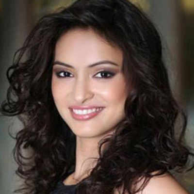 Miss India 2013 finalist Anukriti Gusain is the fourth runner-up at Miss Asia Pacific World 2014