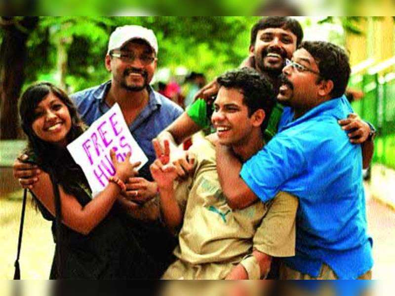 Kochi youth hugging their way to happiness