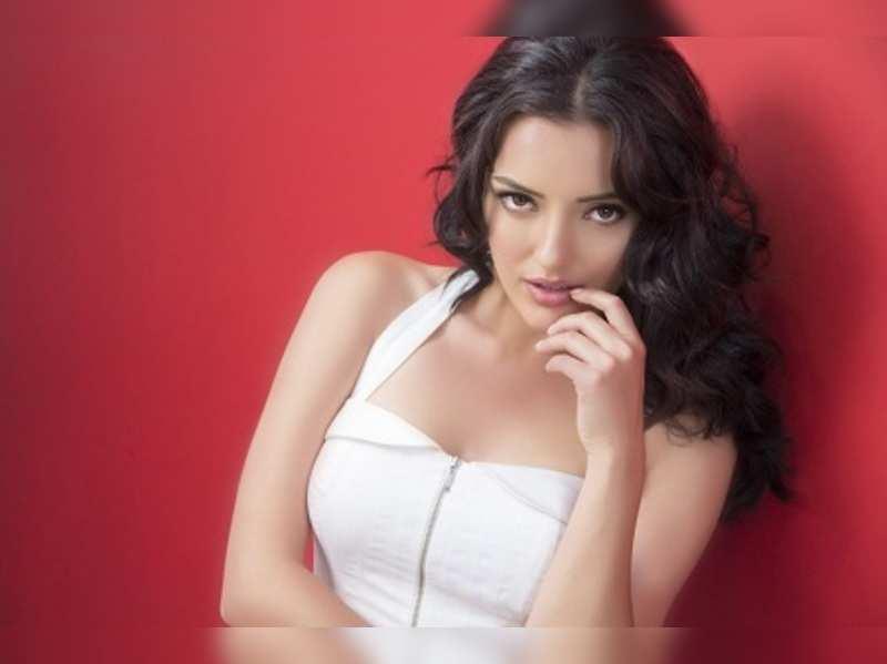 Kristina Akheeva to romance Upendra in Uppi 2
