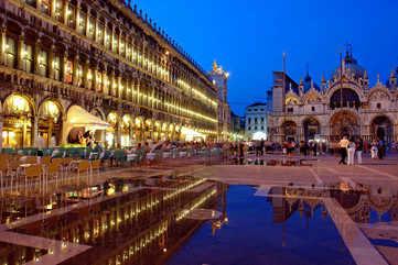 Discover Venice's history