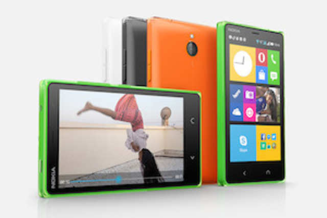 Improvizing on Nokia X, the X2 comes with two distinct home and back buttons for better multitasking.