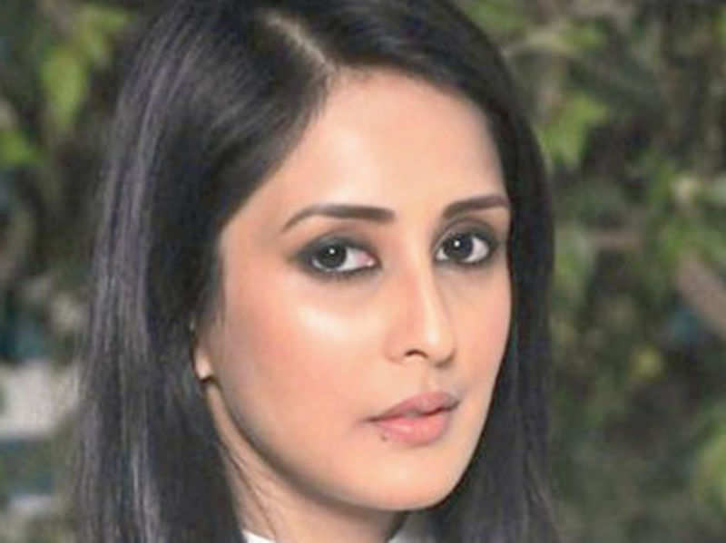 Chahat Khanna:  Pretty girls end up as vamps in TV soaps