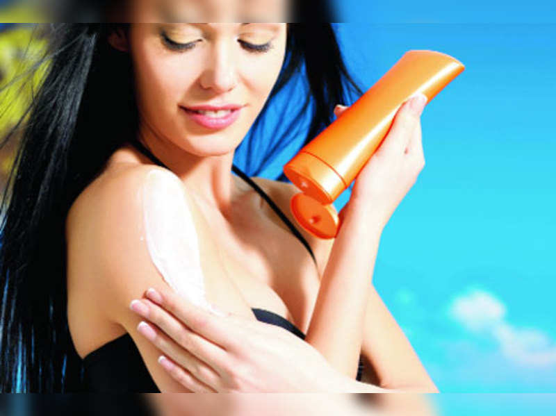 How to prevent skin tanning
