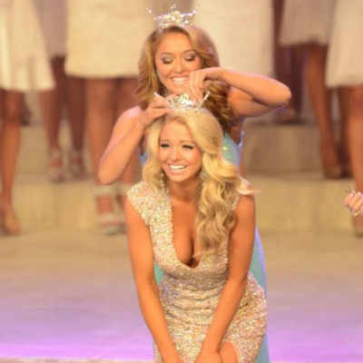 """<font size=""""2"""">Hayley Lewis crowned Miss Tennessee 2014</font>"""