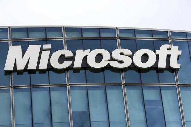 Microsoft and Canon have signed a new patent deal under which the two will gain licenses to each other's patent portfolios.