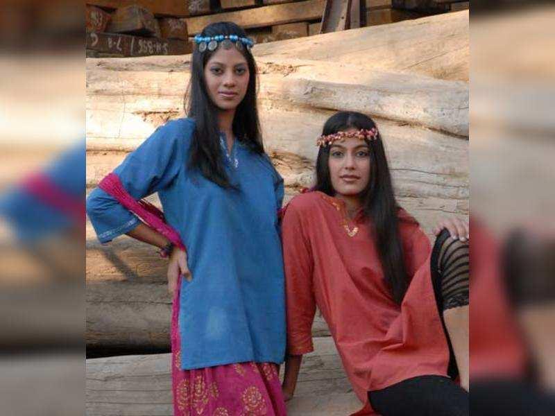 Models Srishti and Kanchan flaunt kurtas created by women of the group (TOI Photo)